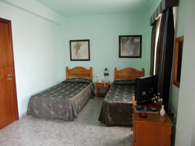 Hotel Tanausu - Σάντα Κρουθ ντε Τενερίφε - Κρεβατοκάμαρα