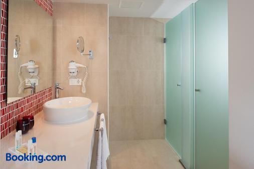 蘭薩羅特水域套房酒店 - 蒂亞斯 - 卡門港 - 浴室