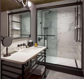 Holston House - in The Unbound Collection by Hyatt - Nashville - Phòng tắm