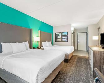 La Quinta Inn & Suites by Wyndham Jamestown - Jamestown - Schlafzimmer