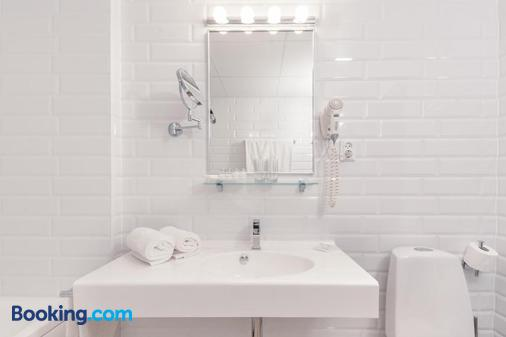 拉迪聯合國德羅吉酒店 - 里加 - 里加 - 浴室