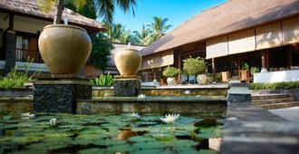 Spa Village Resort Tembok Bali - Tejakula - Building