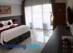 Puri Kesari Guest House - Denpasar - Habitación