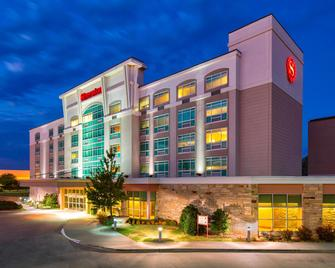 Sheraton Midwest City Hotel at the Reed Conference Center - Midwest City - Gebouw