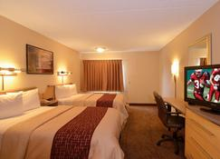 Red Roof Inn San Antonio - Airport - San Antonio - Bedroom