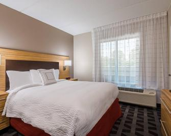 Towneplace Suites Latham Albany Airport - Latham - Bedroom