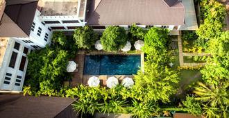 La Residence Blanc D'Angkor - Siem Reap - Pool
