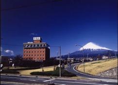 Fuji Park Hotel - Fuji - Priveliște în exterior