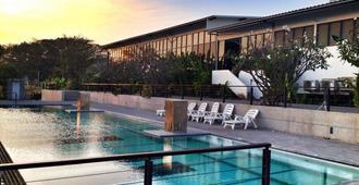 The Piano Resort - Mu Si - Pool