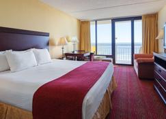 Best Western Ocean Sands Beach Resort - North Myrtle Beach - Bedroom
