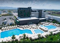 Emerald Hotel - Pristina - Piscina
