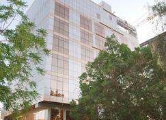 Lou Lou Asfar Hotel Apartments - Abu Dhabi - Building