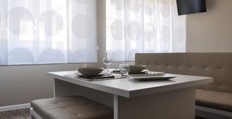 Studio Inn De Angeli - מילאנו - חדר אוכל