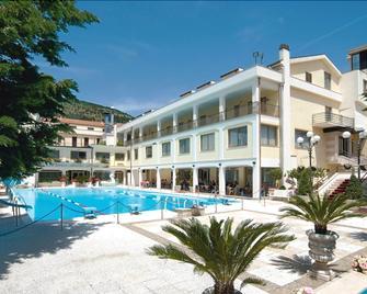 Hotel Parco Delle Rose - San Giovanni Rotondo - Gebäude