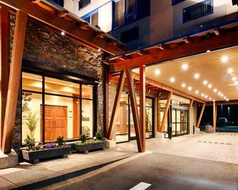 Best Western Plus Barclay Hotel - Port Alberni - Gebouw