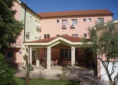 Guest House Marinko Kozina - Medjugorje - Building