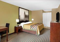 Super 8 by Wyndham Nashville West - Nashville - Bedroom