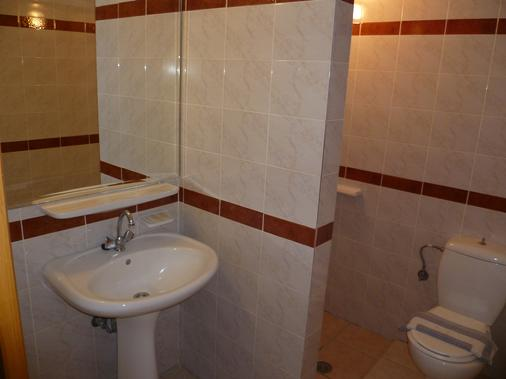 Karmi Studios & Apartments - Chania - Bathroom