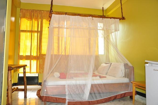 Bativa Hotel - Kampala - Bedroom