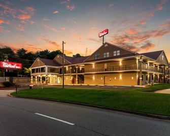Red Roof Inn Atlanta - Kennesaw State University - Kennesaw - Edificio