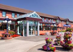 Best Western Plus Milford Hotel - Leeds - Building