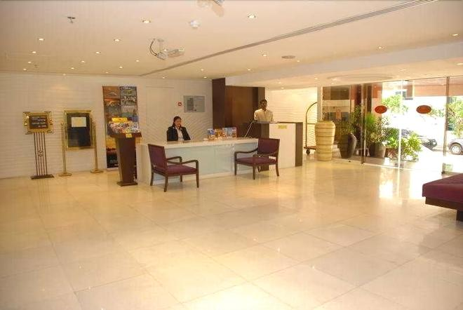 london crown 2 hotel apartment - Dubai - Lễ tân