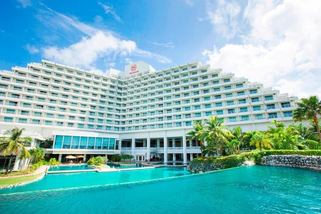 Sheraton Laguna Guam Resort - Тамунинг - Здание
