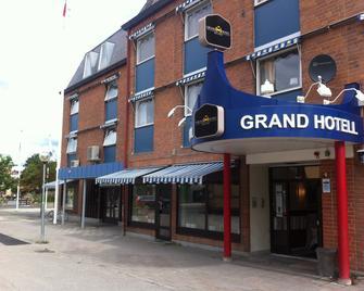 Grand Hotell Bollnäs - Bollnas - Gebouw