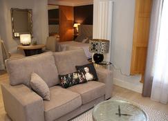 Principia Suites - León - Sala de estar