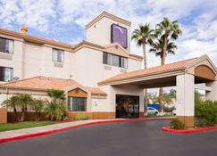 Sleep Inn Phoenix Sky Harbor Arpt - Phoenix - Building