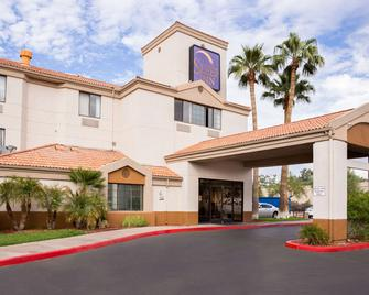 Sleep Inn Phoenix Sky Harbor Airport - Phoenix - Building