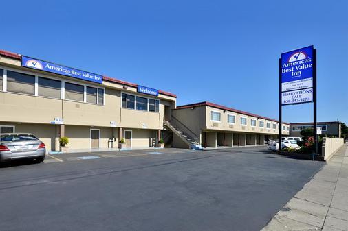 Americas Best Value Inn San Mateo San Francisco - San Mateo - Rakennus