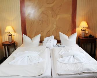 Hotel Harmonie - Waren - Quarto