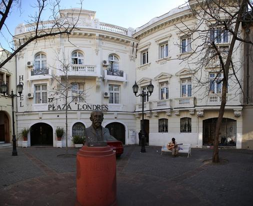 Hotel Plaza Londres - Santiago - Building
