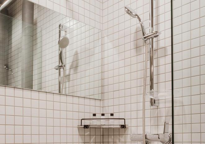 Playce Camp Jeju - Seogwipo - Bathroom
