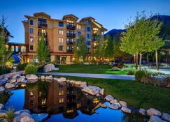 Hotel Terra Jackson Hole, a Noble House Resort - Teton Village - Building