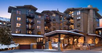 Hotel Terra Jackson Hole - A Noble House Resort - Teton Village - Building