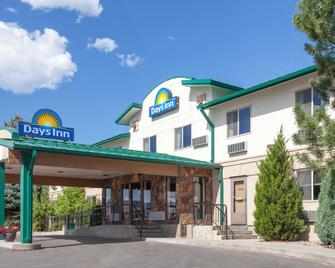 Days Inn by Wyndham Missoula Airport - Missoula - Building