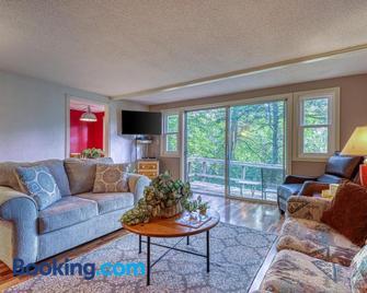 Briarcliff G34 - Banner Elk - Living room