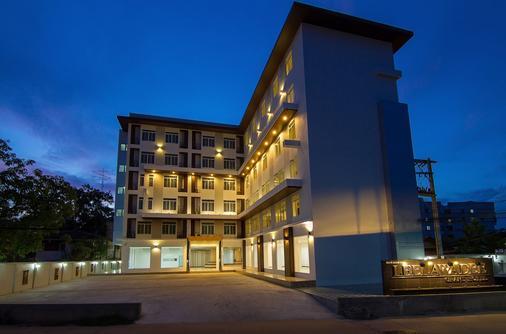 Leelawadee Grand Hotel - Udon Thani - Gebäude