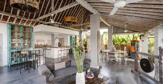 Villa Hari Indah - Νότια Κούτα - Bar