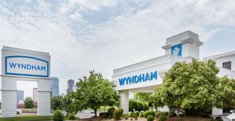 Wyndham Riverfront Little Rock - נורת' ליטל רוק