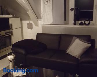 Moderne,stylische Ferienwohnung - Bocholt - Living room