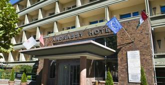 Mamaison Hotel Andrassy Budapest - Budapeste - Edifício