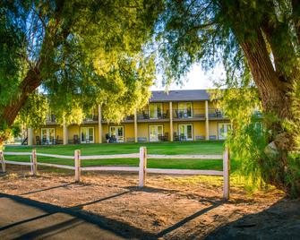 The Ranch At Death Valley - Furnace Creek - Building
