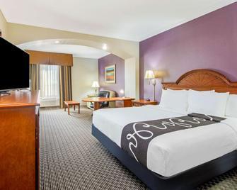 La Quinta Inn & Suites by Wyndham Gainesville - Gainesville - Slaapkamer