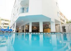Cleopatra Golden Beach Otel - Alanya
