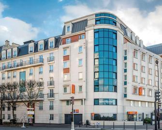 Aparthotel Adagio access Paris Porte de Charenton - Charenton-le-Pont - Gebouw