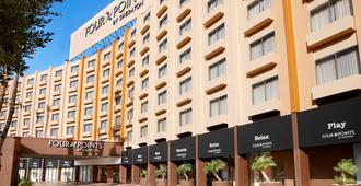 Four Points by Sheraton Los Angeles International Airport - לוס אנג'לס