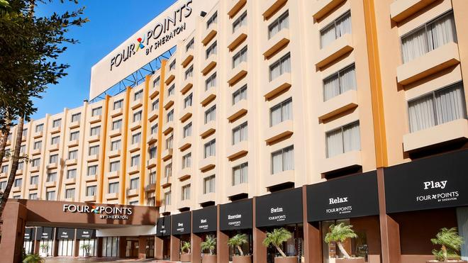 Four Points by Sheraton Los Angeles International Airport - Los Ángeles - Edificio